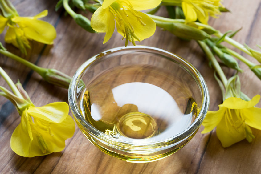 evening primrose oil and flowers