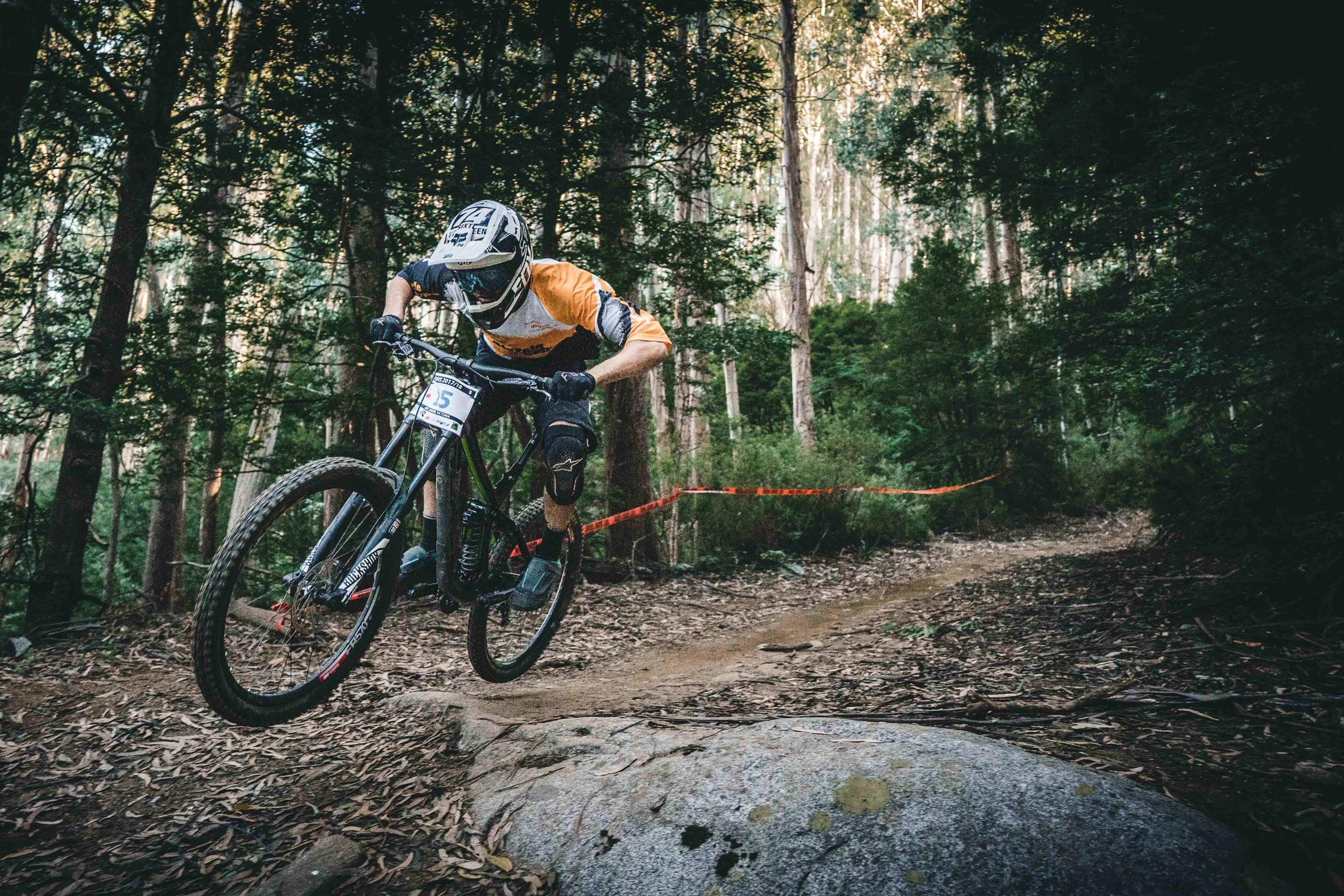 The Best Bmx Helmet: Shopping Guide and Recommendations (09/21)