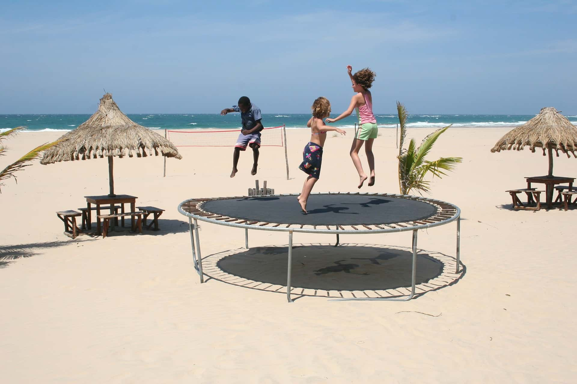 The Best Trampoline: Shopping Guide and Recommendations (09/21)