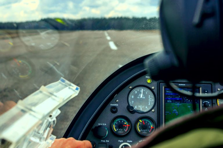 Pilot with alimeter