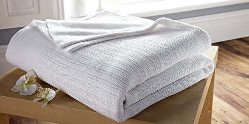 Musbury Single 100% Cotton Cellular Blanket In White - Washable at 75c Thermal Disinfection
