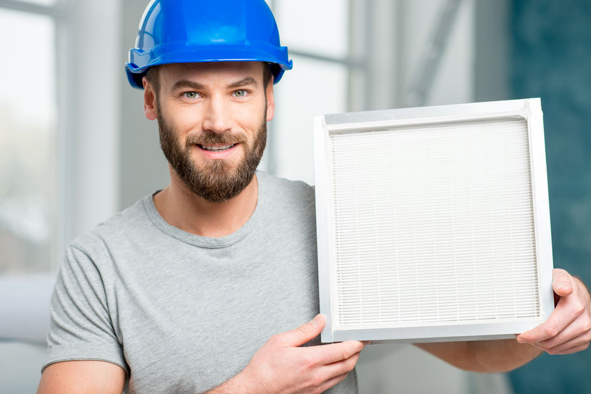 Worker with air filter