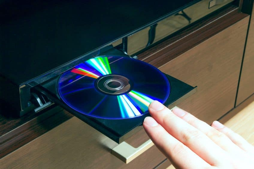 Insertando disco de blu-ray
